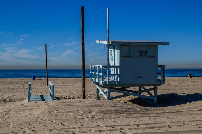 Venice Beach - Life Guard Box (Look at all that smog!)
